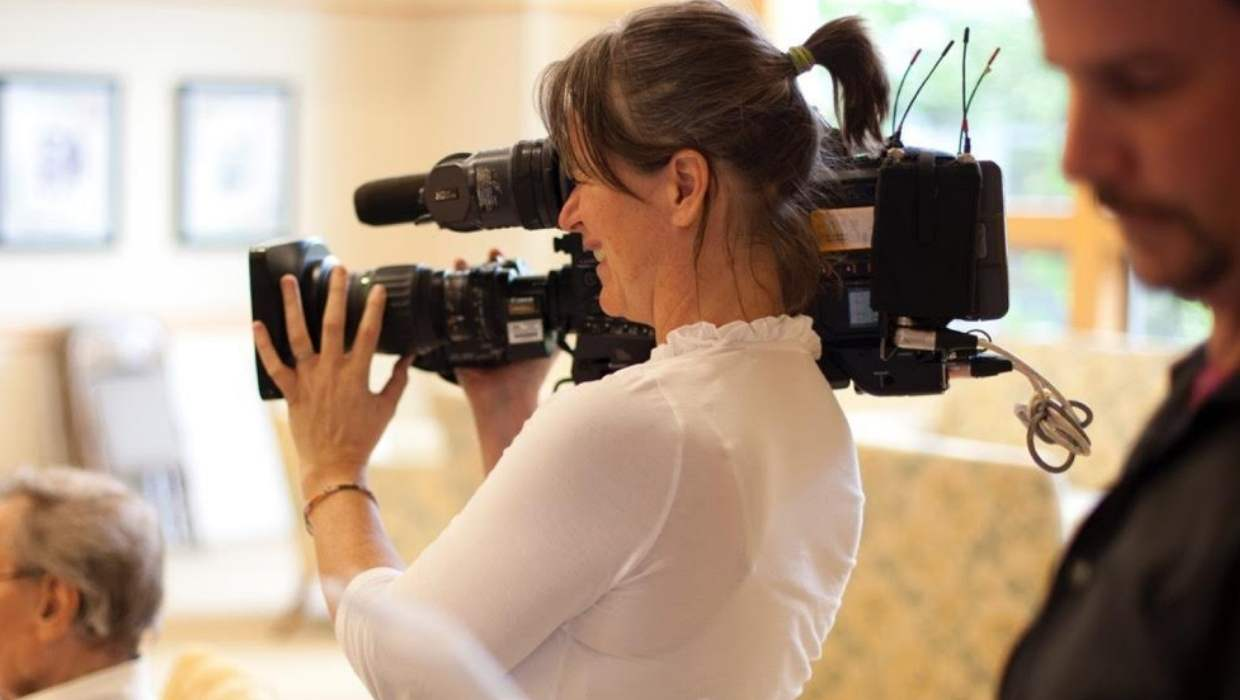 Make Full Time Living As Documentary Filmmaker