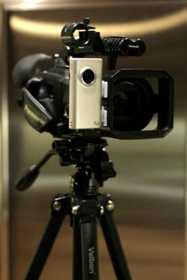 Flip MinoHD attached to a Panasonic DVX100A