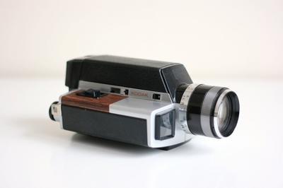 Super 8MM Kodak XL350<br>[Photo courtesy WiseApple]
